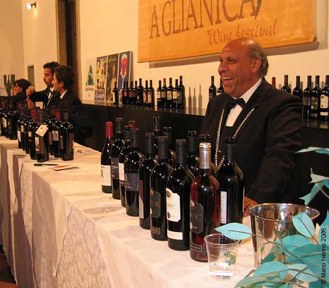 Foto Wine bar durante Aglianica 2006
