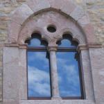 Foto Bifora a Castel Lagopesole